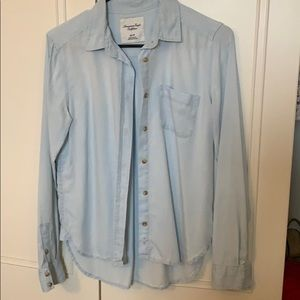 American Eagle Light wash denim button up shirt